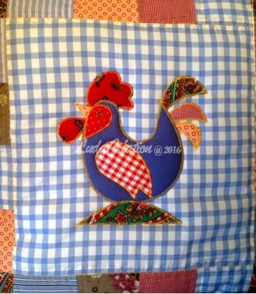 """Lot de deux housses de coussin patchwork """"Le Coq et sa Poule """""""
