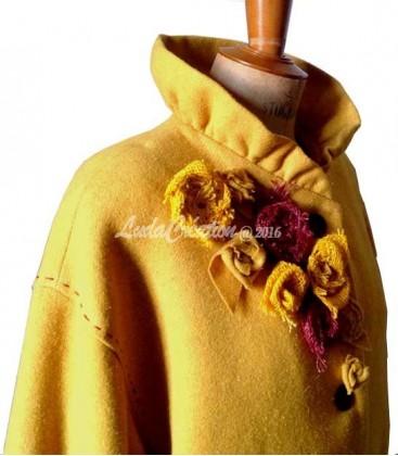 Manteau élégant en laine 100 % couleur moutarde pièce uniqie