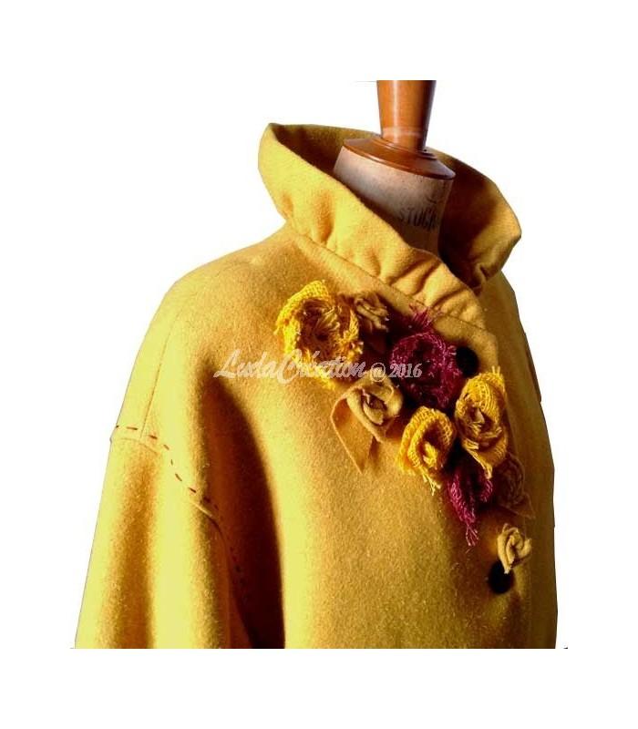 Veste en laine jaune moutarde