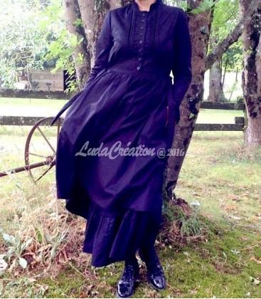 Robe longue style gothique puritain couleur noir