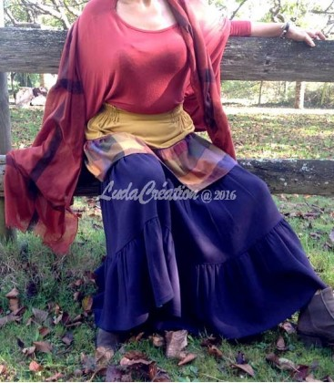 Jupe Longue Bohèmé à volants en laine tissus différents lumineux carreaux moutard violet